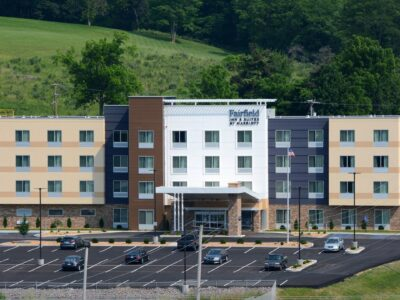 Featured Image For Fairfield Inn & Suites Somerset Team Building Venue